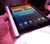Lenovo's 8-inch Yoga tablet