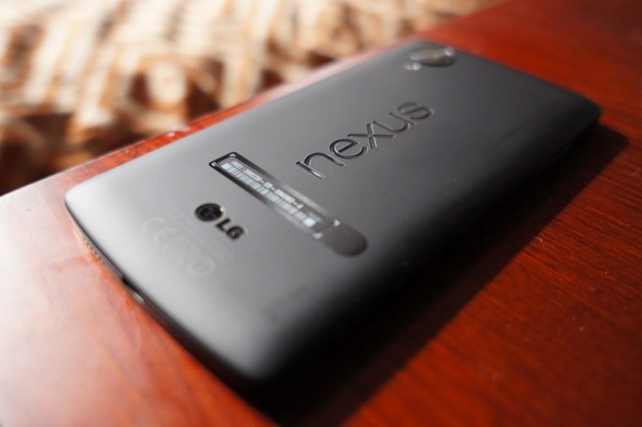 Nexus 5 hands-on 1
