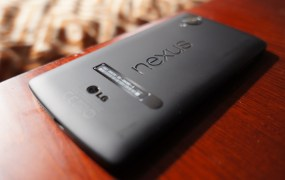 Nexus 5 hands-on 1