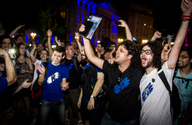 Google Ingress fans celebrate the end of a nine-week event.