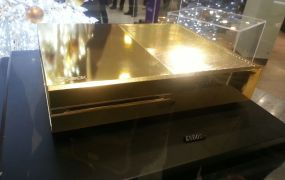 Harrod's gold-plated Xbox One console.