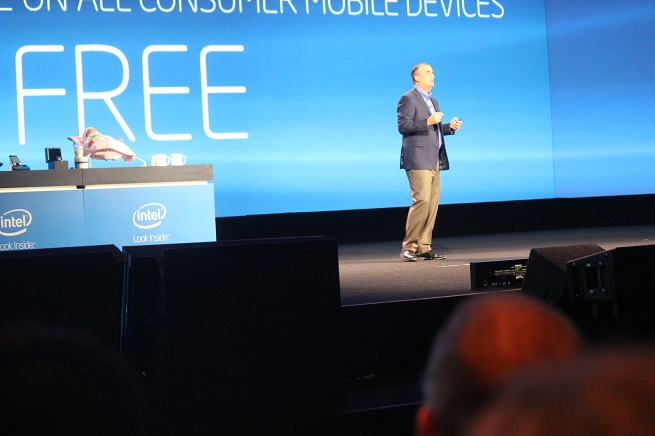 Intel CEO Brian Krzanich talks about McAfee's new payment model at CES 2014.