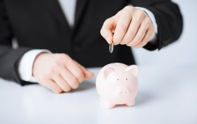 piggy bank cash Syda Productions Shutterstock
