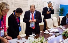 Obama White House blackberry