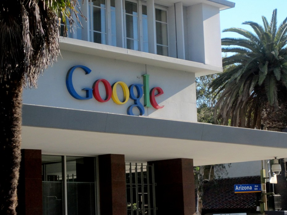 Google sign Neon Tommy FLickr