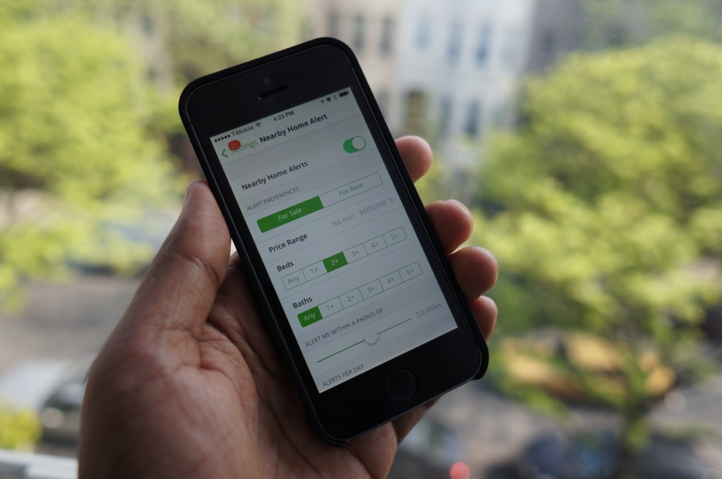 Trulia's nearby home alerts
