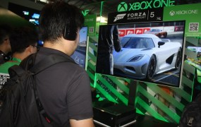 Xbox One's Forza Motorsport 5 on display at ChinaJoy.