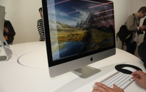 Apple's new retina-enabled iMac 27-inch desktop.