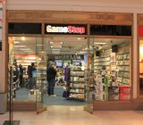 GameStop store in a mall.
