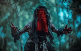 Some incredibly creepy cosplay by Elena Nerium Oleander from Russia.