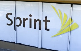 The logo of U.S. mobile network operator Sprint Corp is seen at a Sprint store in San Marcos, California August 3, 2015.
