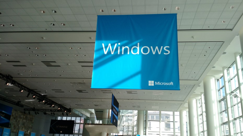 Microsoft launches new Windows Server 2016 preview with Hyper-V Containers