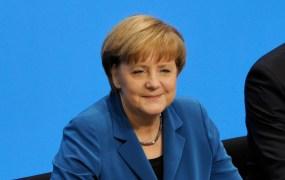 Unterzeichnung_des_Koalitionsvertrages_der_18._Wahlperiode_des_Bundestages_(Martin_Rulsch)_079