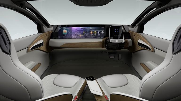 nissan-driverless-car