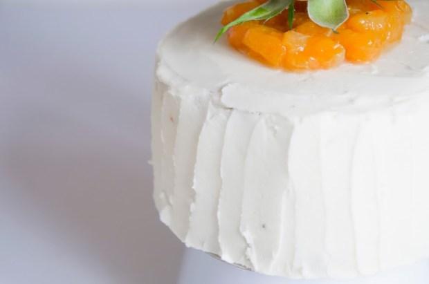 gâteau clémentine et pavot glaçage crème au beurre