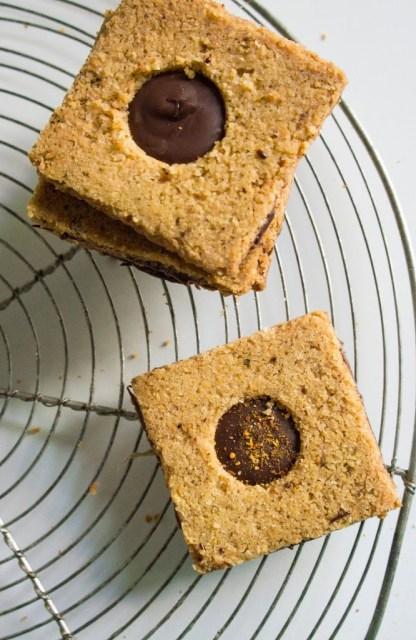 Biscuits piment d'espelette et chocolat noir
