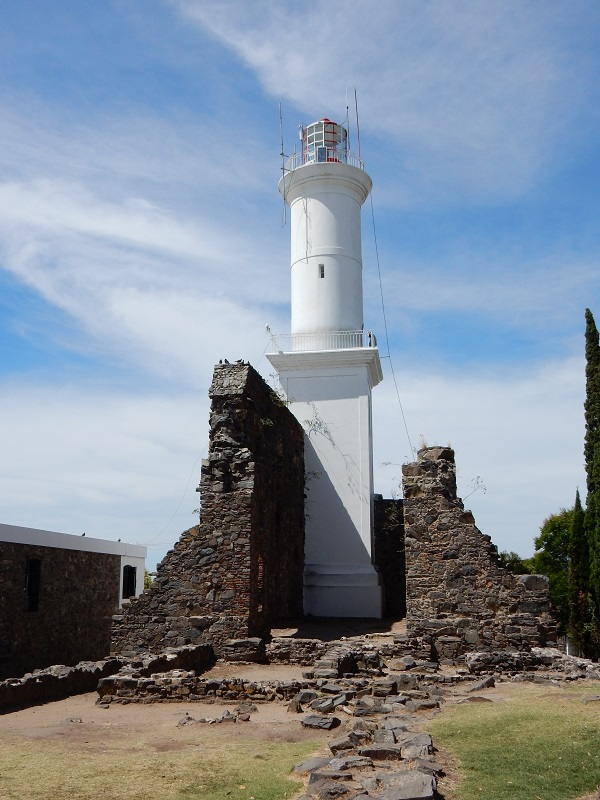 The lighthouse of Colonia