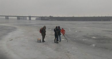 В областном центре спасли безответственных рыбаков