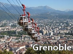 220px-Seilbahn-Grenoble