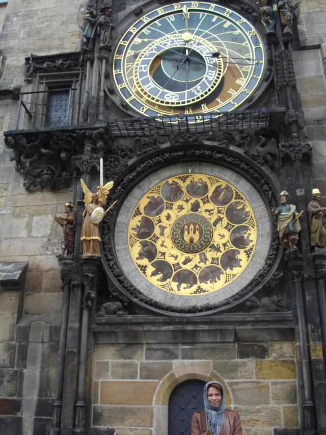 Viajando sozinha e tranquila - Viajando bem e barato pela Europa - Relógio Astronômico_Praga
