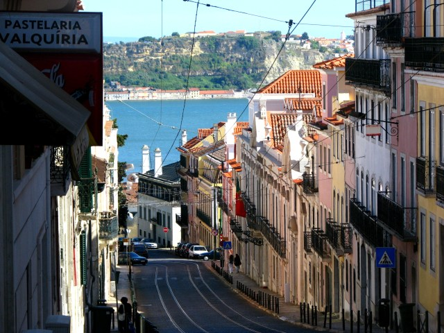 Lisboa_Rua da Lapa_Viajando bem e barato pela Europa