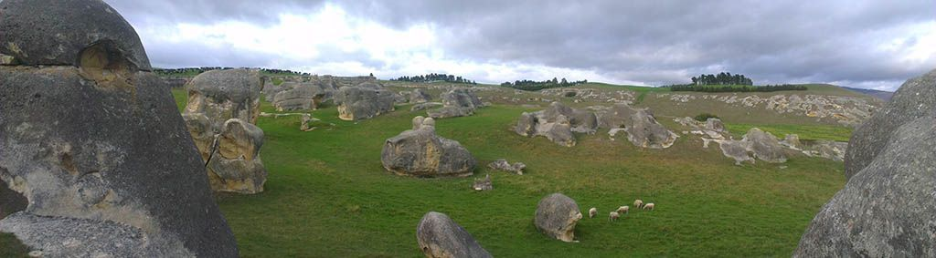 elephant rocks new zealand
