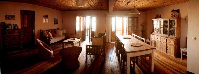 Salón-comedor Maison Tsinjo. Foto Yamuna ONGD