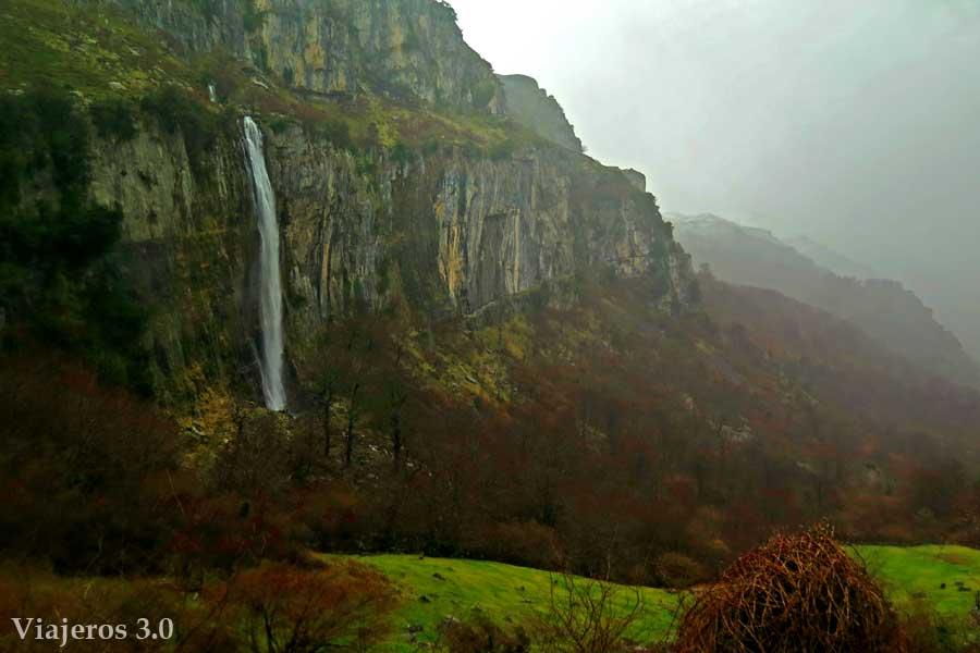 Nacimiento del río Asón - En busca de la cascada perfecta en Cantabria