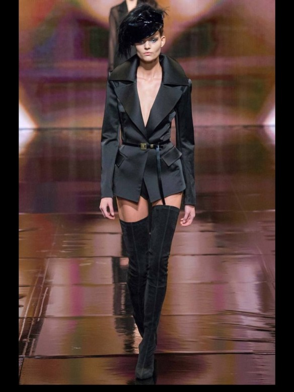 photo-7  New York Fashion Week - Put a belt on me photo 7