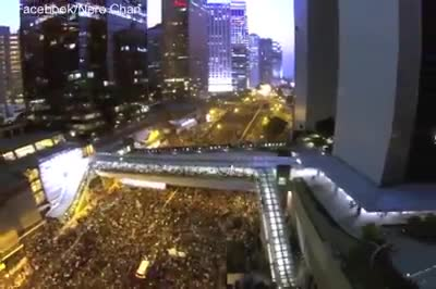 (2) US Uncut – Amazing Drone Footage of Hong Kongs Uprising