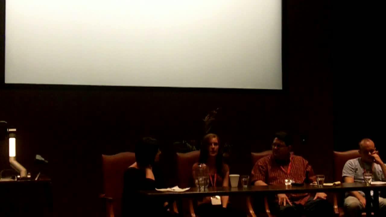 WordCamp Fayetteville #wcfay Forum: Finding Your Niche Online, Moderator Jon Schleuss