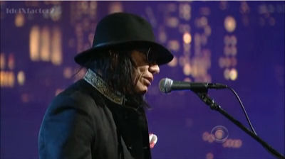 "Rodriguez Performs ""Crucify Your Mind"" (David Letterman)"