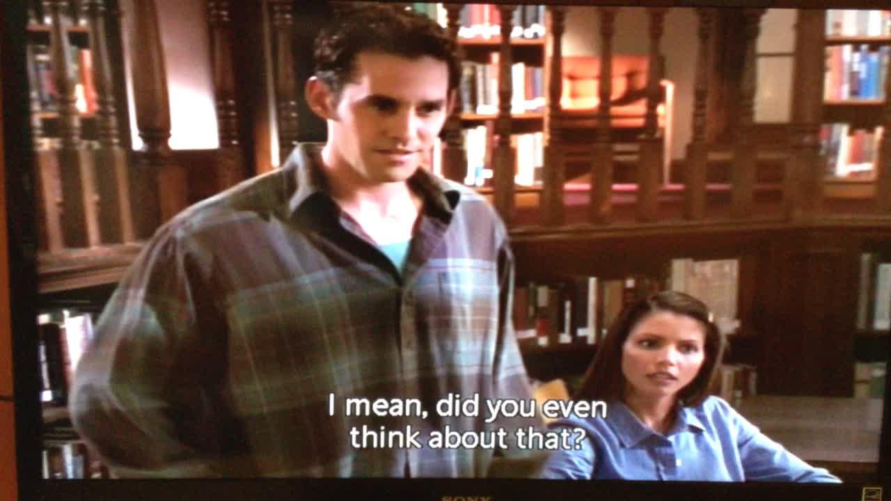 Buffy's Angel Intervention en español