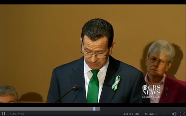 GOV. MALLOY SIGNS GUN BILL