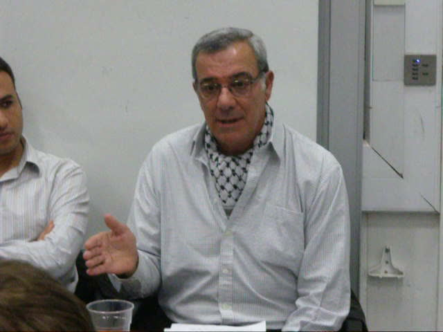 Jafar M Ramini at KCL on 1st Nov 2011 &#8211; &#8220;The rockets are fireworks&#8221; (www.richardmillett.wordpress.com)