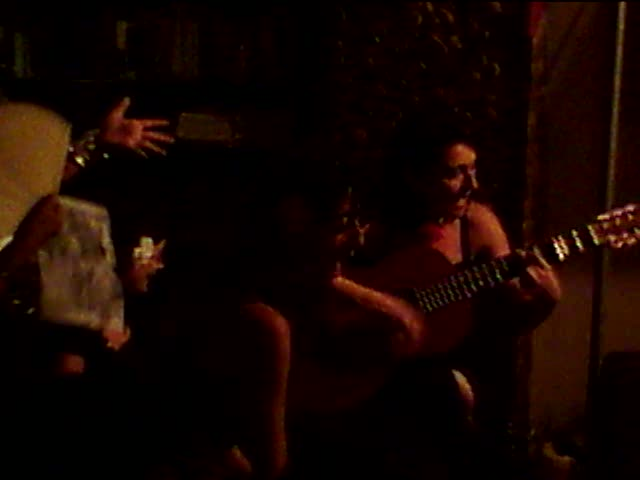 A group of women singing at the Kaf Cafe in Valencia