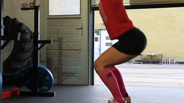 OverheadSquats_FAIL_not_90_web_640x360
