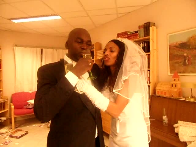 www.africanpress.me . Champagned KISS: Mr and Mrs Owino Ranginya. Norway 22.Oct. 2011