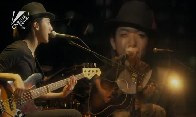 """a.ri.ga.tou"" 작곡 (Music): 이종현 (Lee Jong Hyun) 작사 (Lyrics): CUL 2012.02.25 MTV Unplugged"