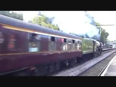 The Winton Express steaming towards Liverpool Street (from Youtube user RobWhite1416)