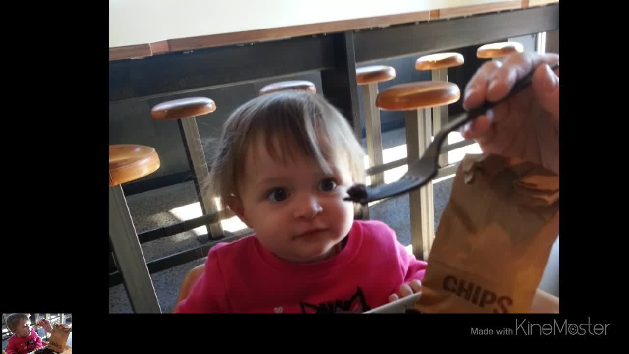 Kendall Gets Her First Chipotle Kids Meal 1280×720 2014-01-18 22-35-59