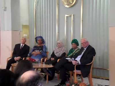 www.africanpress. Press Conference Oslo 10.12.2011: Right to left: Jagland, 3 women laureates,Lundestad