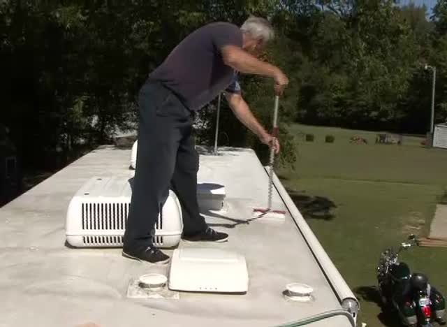 Cleaning & Protecting your RV Roof
