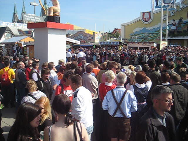 Grand Entry of Oktoberfest Landlords