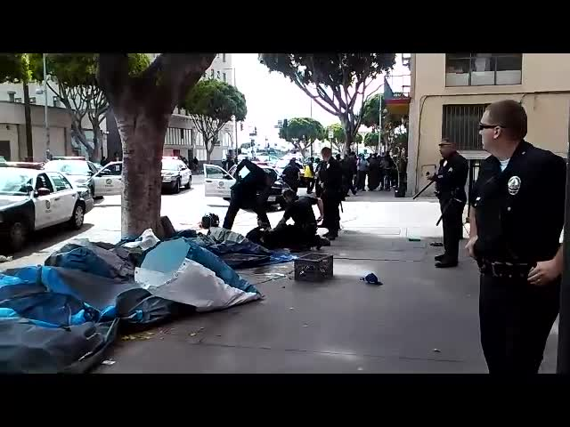 LAPD Kill Unarmed Homeless Man – Anthony Blackburn