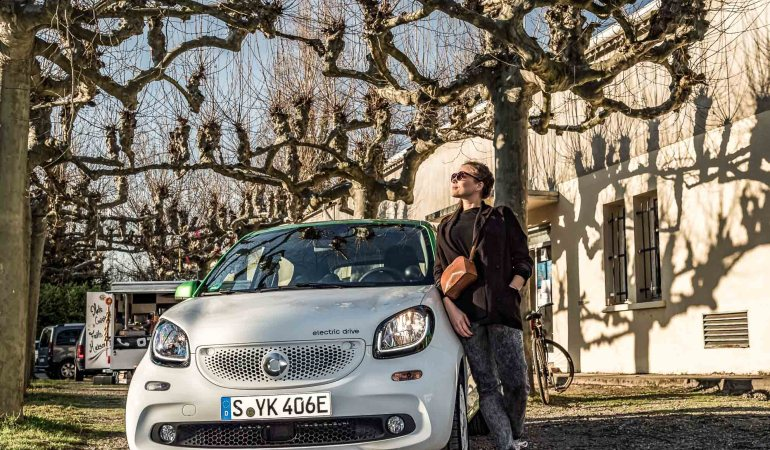 PROBEFAHRT: MIT DEM SMART ELECTRIC DRIVE IN TOULOUSE