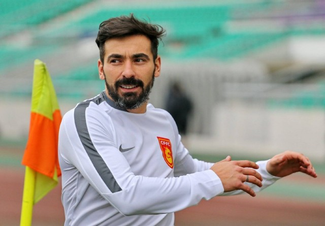Lavezzi-China-640x446