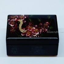 Lacquer box 13
