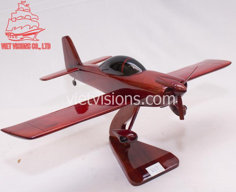 Airplane (8)