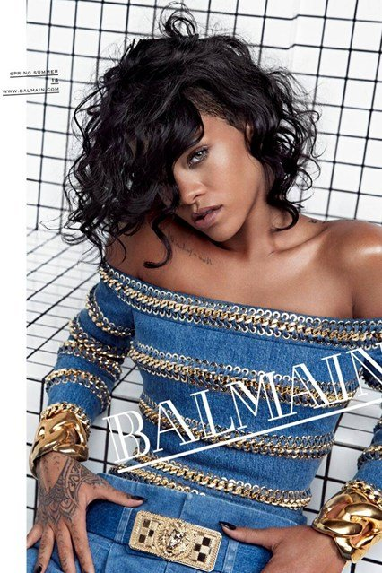 Someone defintely took some time to place Rihanna's hair in order to hide one eye. That's the kind of pop culutre we're dealing with now.